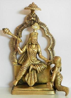 bagalamukhi-brass-statue